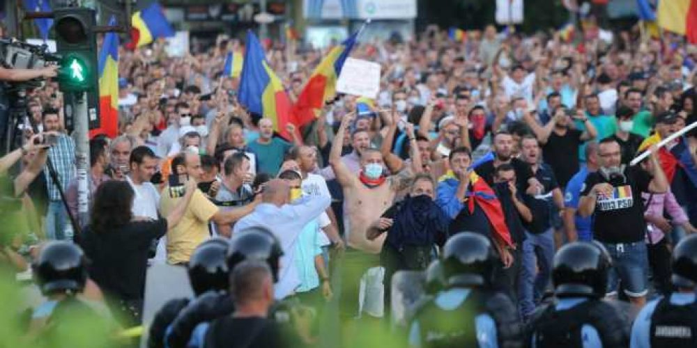 Protest 10 August. Incidente majore: Ei nu au ce căuta aici!