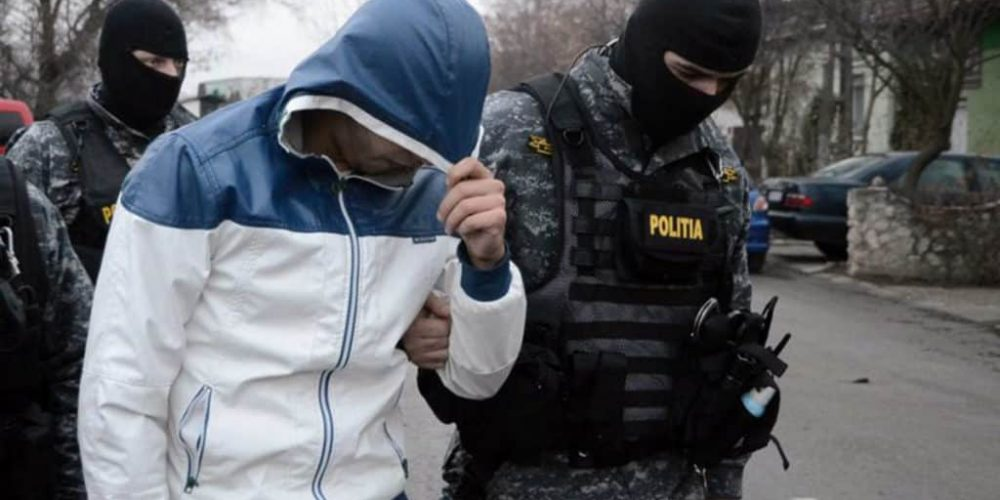 Traficant de droguri arestat în Pitești