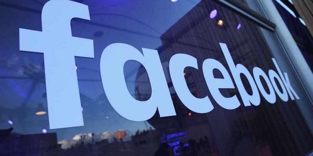Facebook acuzat că a dezvăluit date personale