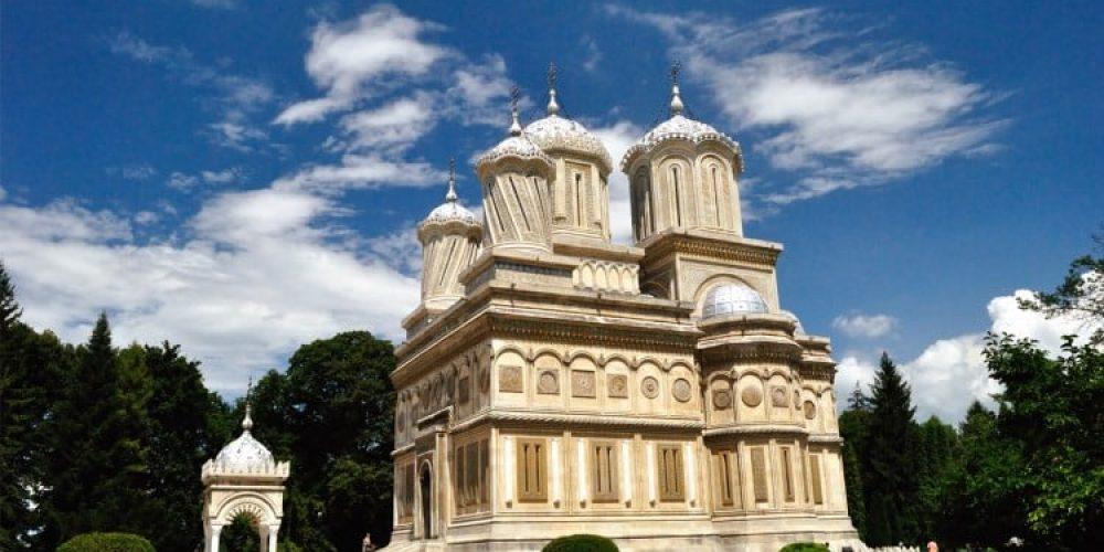 5 locuri de vizitat în județul Argeș